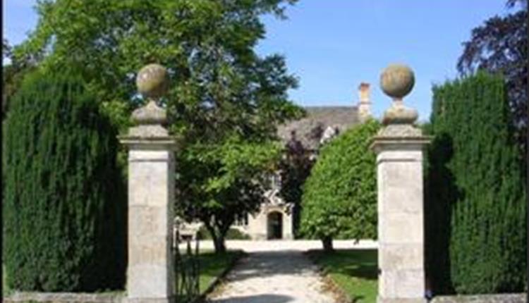 Friars Court