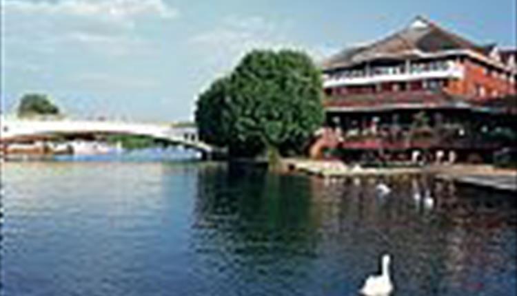 Crowne Plaze Hotel