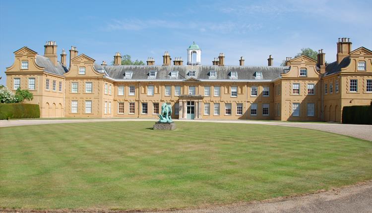 Stratfield Saye House