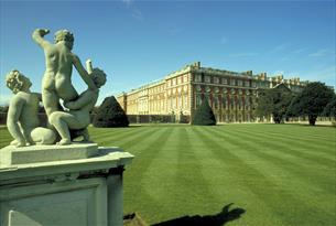 Hampton Court Palace, near the River Thames, Surrey