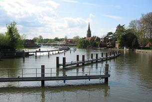 Marlow Visitor Service