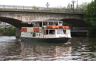 Staines-upon-Thames Day with French Brothers Boat Trips