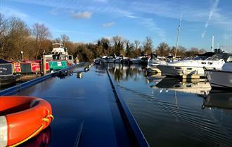 Thames Narrowboat Holidays