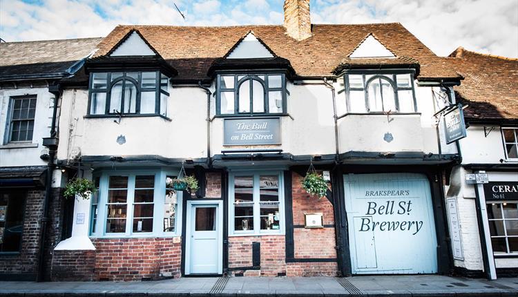 The Bull on Bell Street