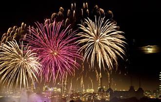 Fireworks Night Cruises with City Cruises