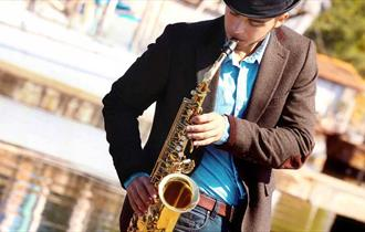 Live Jazz On A Saturday with Thames Rivercruise
