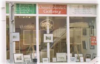 Oriel Daniel Gallery