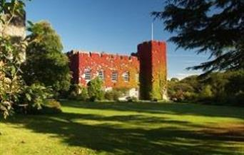 The Creeper clad castle in Autumn
