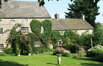 Church Farm Cottage & Ancestral Barn