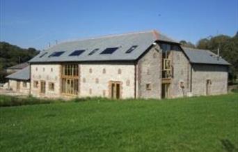 Pitlands Barns