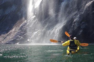 Kayaktour on Årdalsfjorden