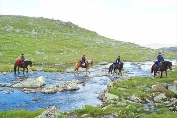 Kryssing av elv på hest