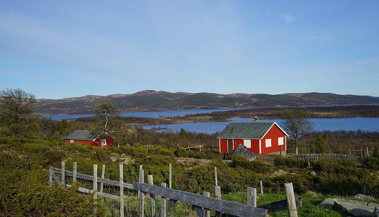 Der See Fullsenn liegt im östlichen Valdres an der Grenze zum Langsua Nationalpark.