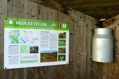 Mjølkerampa ved Furuset på Mjølkevegen over Stølsvidda.