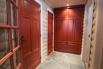 Solheim Trevare: Innredninger - dører - vinduer