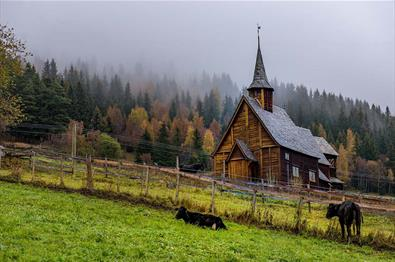 Lomen stavkirke