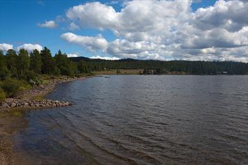 Der See Ølsjøen in Tisleidalen ist ein guter Angelsee.