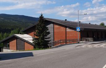 Bilde på utsiden av Ål Idrettshall