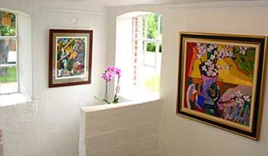 Galleri Nyhuus - skiftende utstillinger hele året