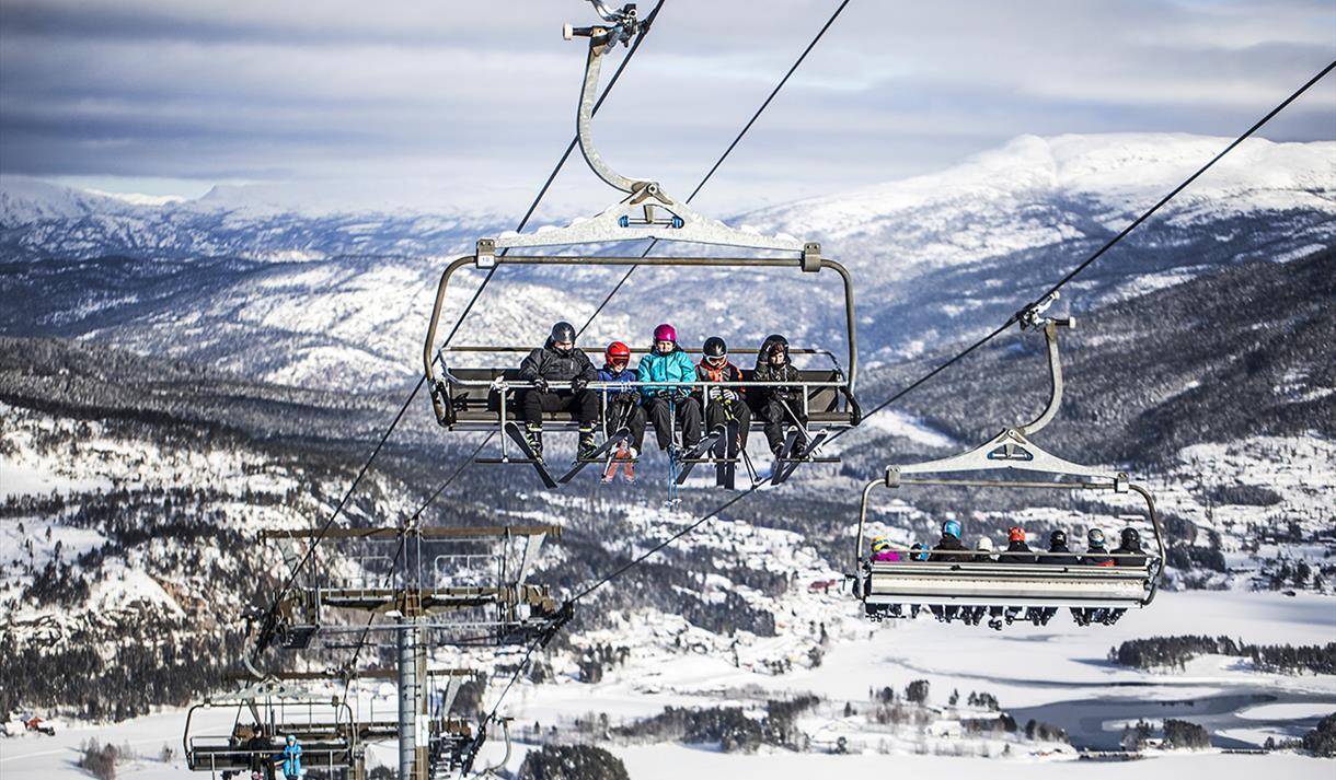8-seater chairlift at Vrådal panorama ski center