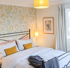 Arundell Cottage - Bedroom
