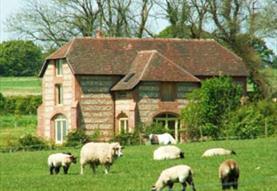 Lodge Farmhouse