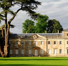 Lydiard House Swindon, Summer Country House Garden