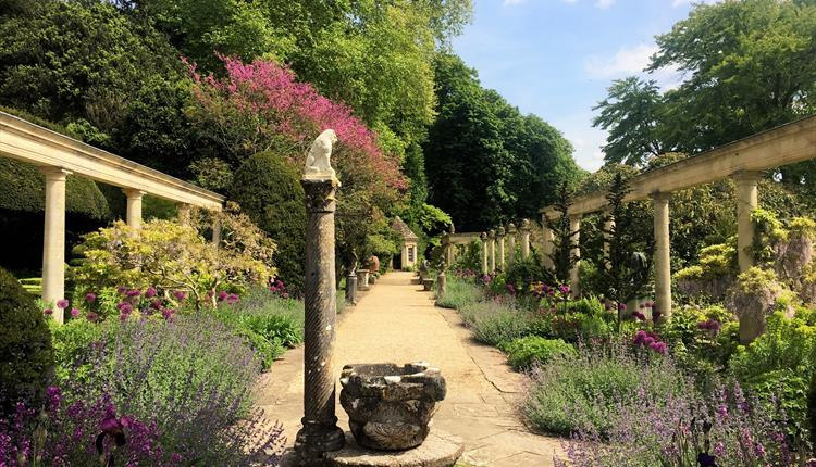 Iford Manor Gardens - I022