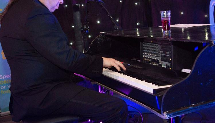Comedy Night, featuring Matt Black, the Piano Man