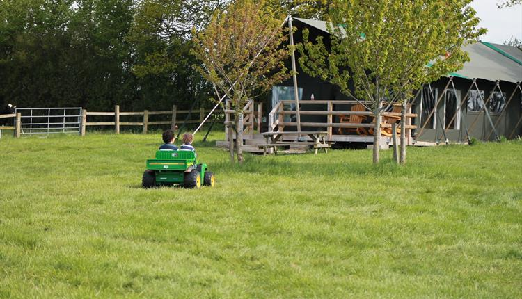 Mill Farm Glamping - Luxury Holidays in Wiltshire