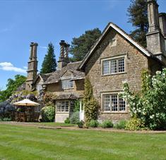 Queenwood Lodge