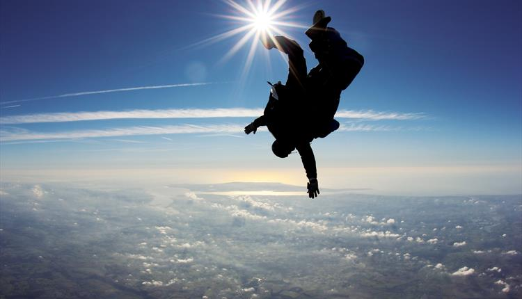 Come and Skydive with the Tandem Skydiving Professionals
