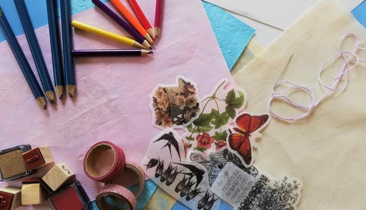 Children's workshop: Simple Scrapbooking
