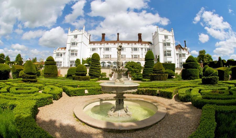 Danesfield House Hotel and Spa gardens