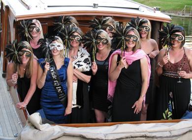Hen party aboard Fringilla