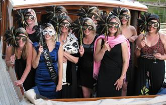 Hen party aboard Fringilla