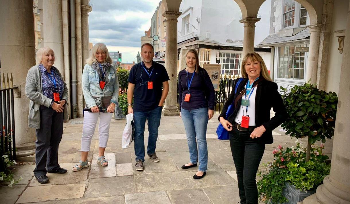 Windsor Tourist Guides Plague, Pestilence and Potions Tour: guide and group at The Windsor Guildhall