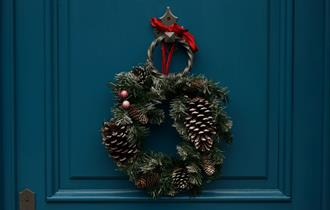 Christmas Wreath Making Events at Great Fosters