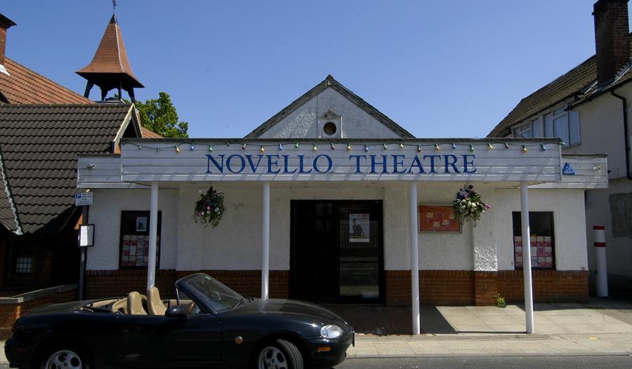 Novello Theatre, Sunninghill
