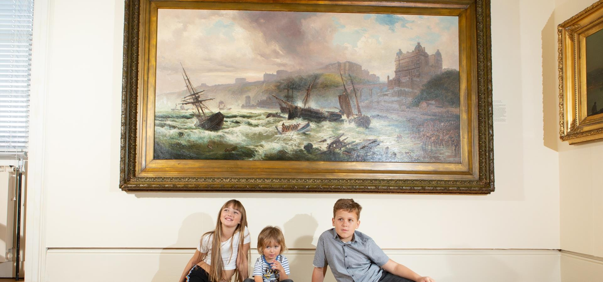 An image at Scarborough Art Gallery by Duncan Lomax