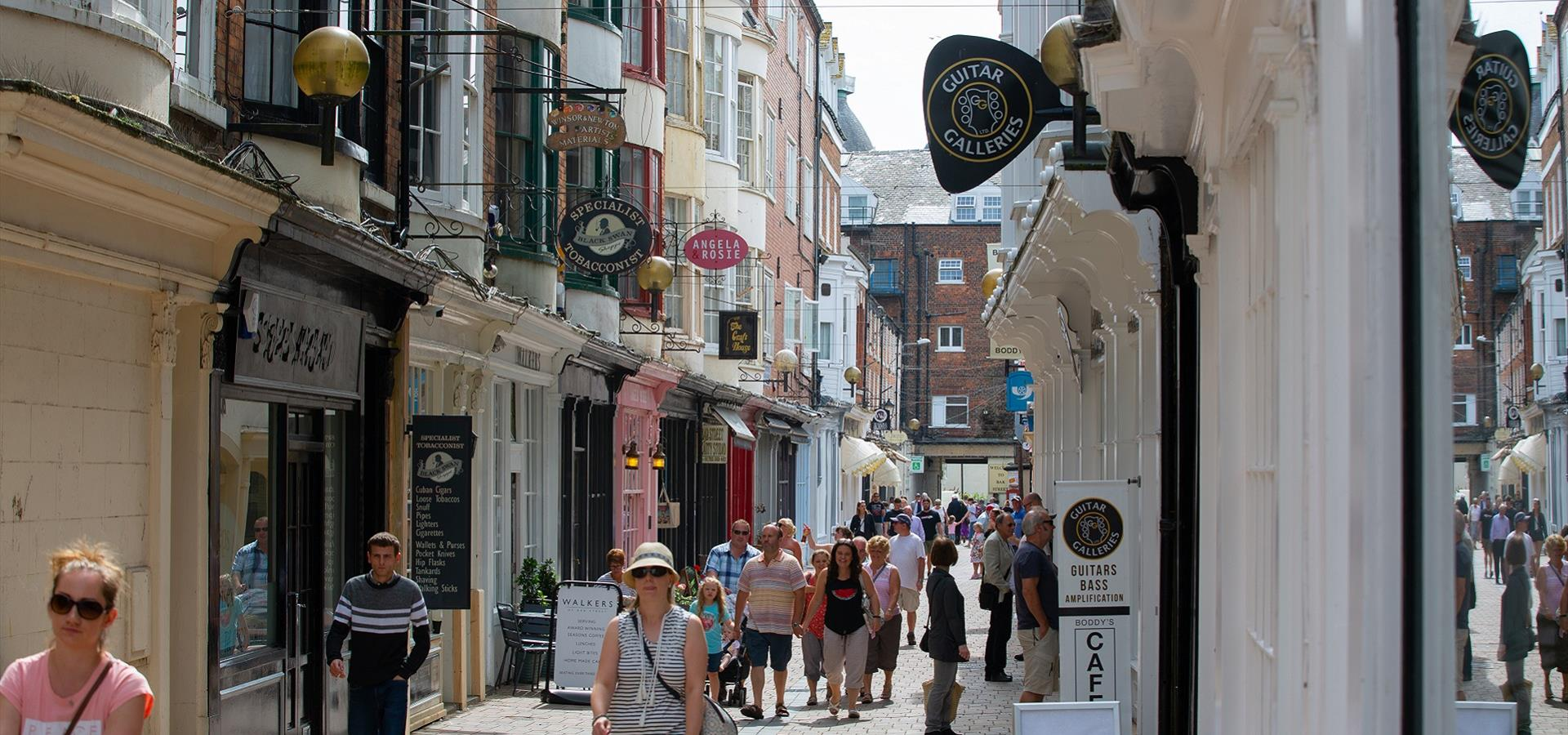 An image of Bar Street Shopping, Scarborough by Ravage Productions