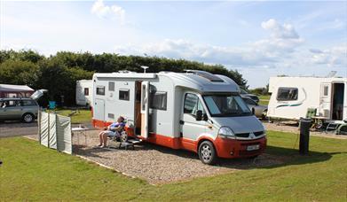 Crows Nest Caravan Park - Tents Tourers