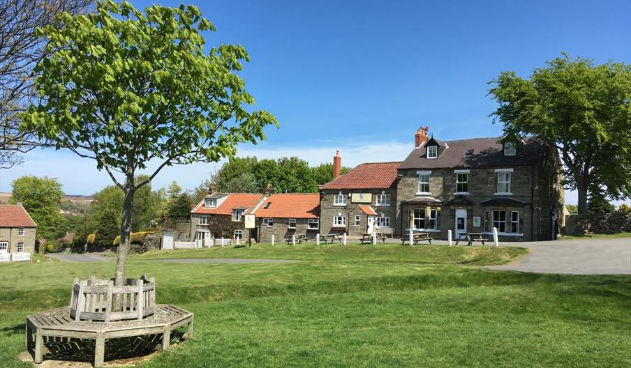 Image of the Fox and Hounds Inn