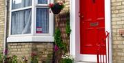 English Flower Cottage - Front door