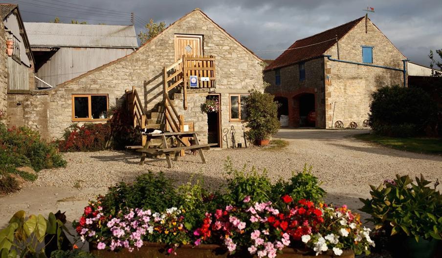 Cliff Farm Glamping Barn