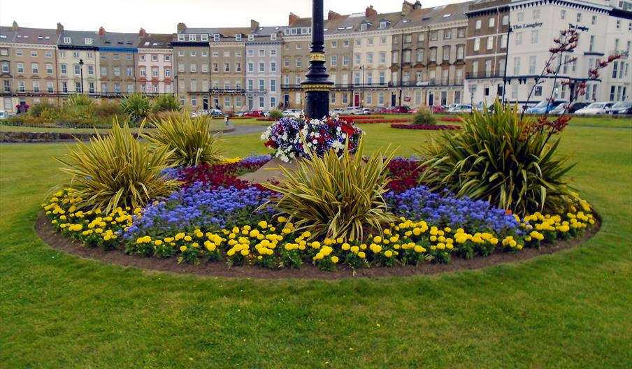 image of crescent gardens whitby