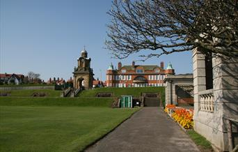 image of holbeck putting green