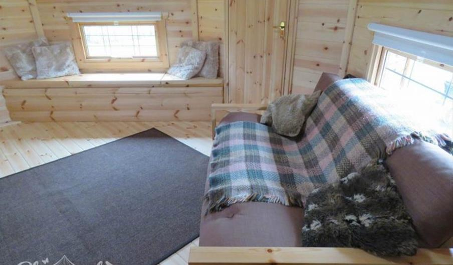 An interior image of the cabin at Wyse House Farm
