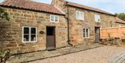Grange Farm Cottages - Pond Cottage