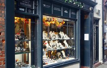 An image of C W Sellors Fine Whitby Jet Shop